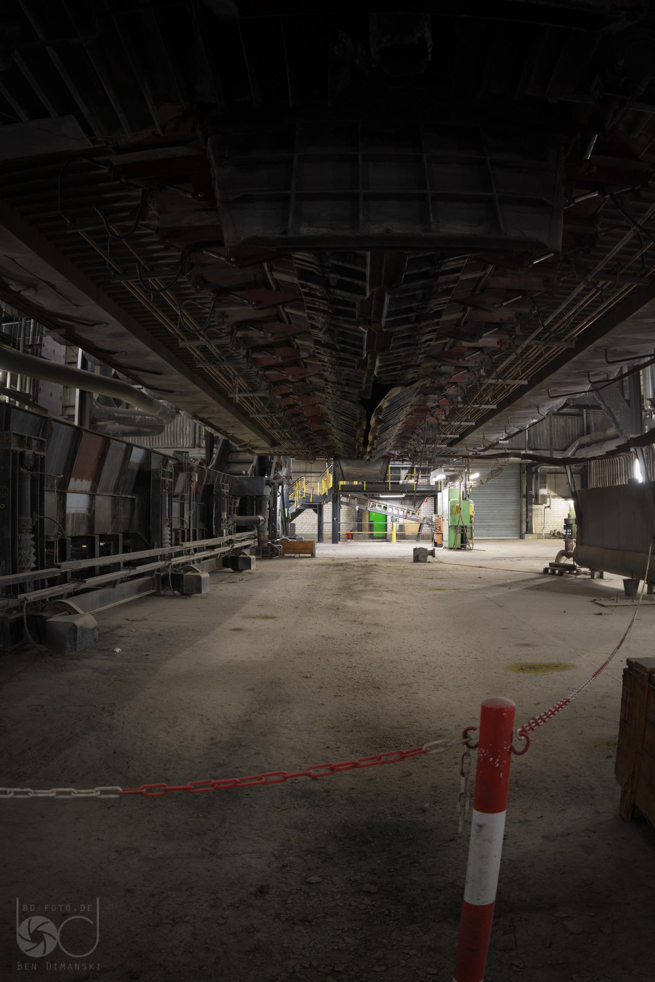 Ziemlich Kessel Im Kraftwerk Galerie - Elektrische Schaltplan-Ideen ...